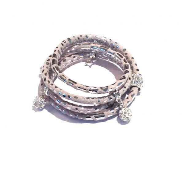sølv-slangeprint-grå-lammeskinn-charm-armbån