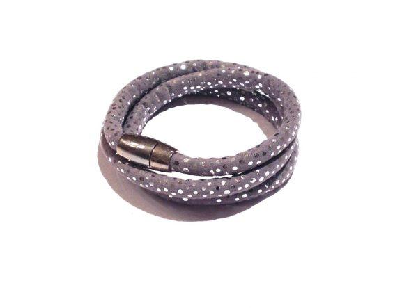 grå-printet-tøff-magnet-armbånd