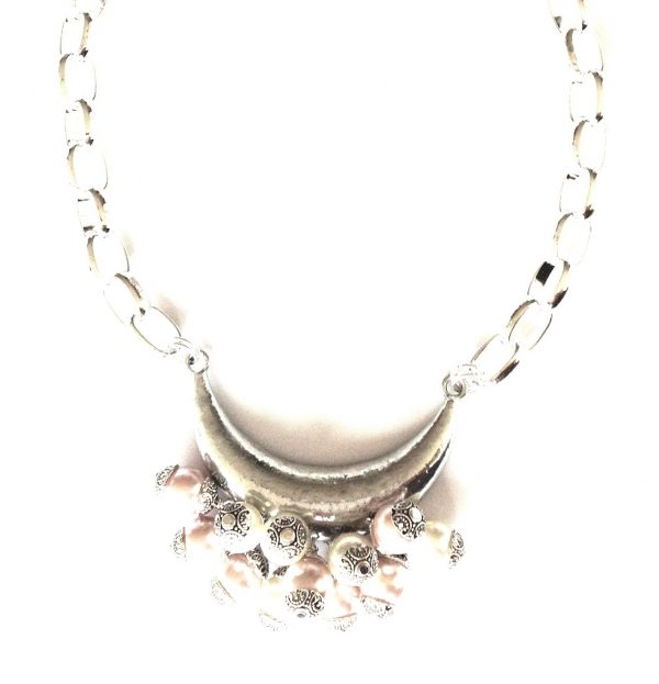 hvit-perle-kraftig-statement-smykke-halskjede