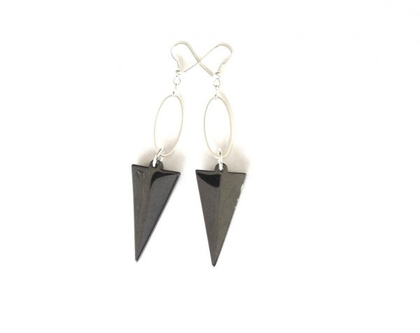 sort-grå-pil-blodstein-hematitt-sølv-øreanheng-ørepynt
