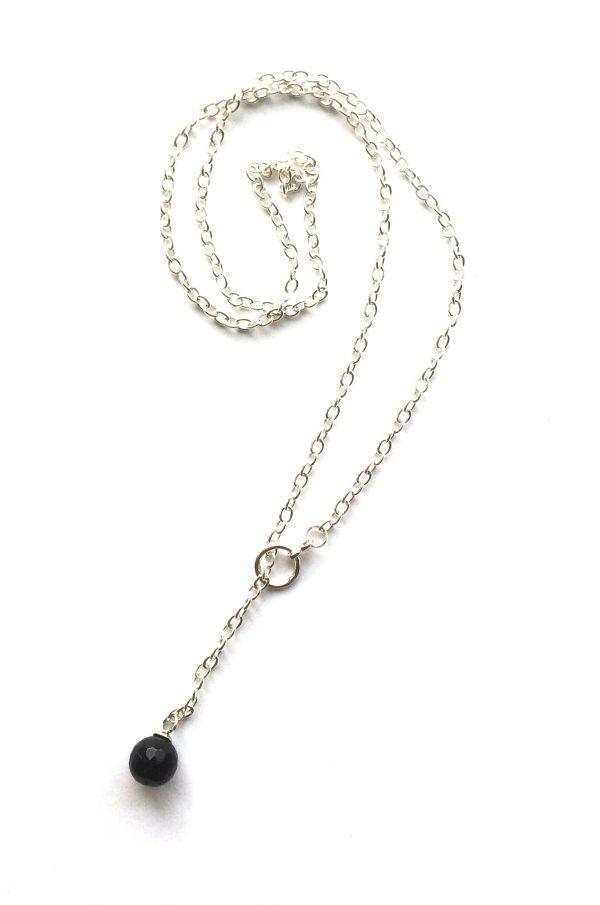 sort-smykke-halskjede