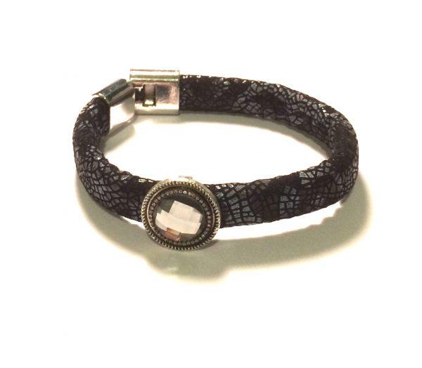 kraftig-sort-stormote-armbånd
