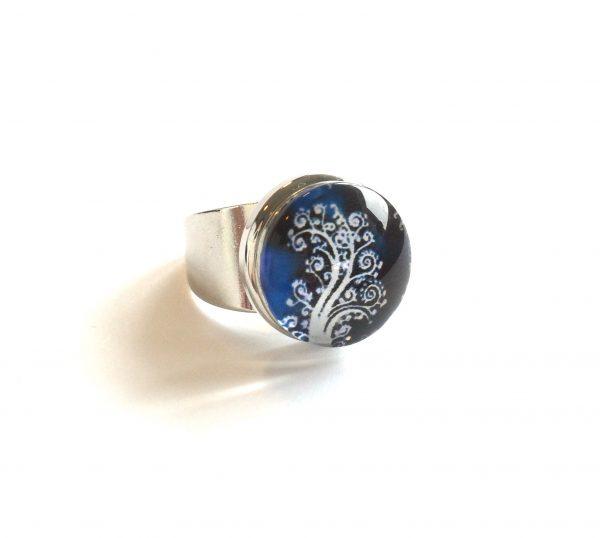 blå-blomst-tre-justerbar-onesize-glass-ring