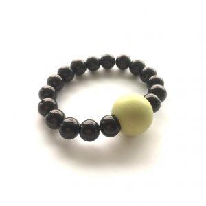 grønn-elastisk-armbånd-statement