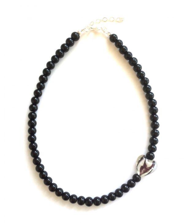 sort-hjerte-smykke