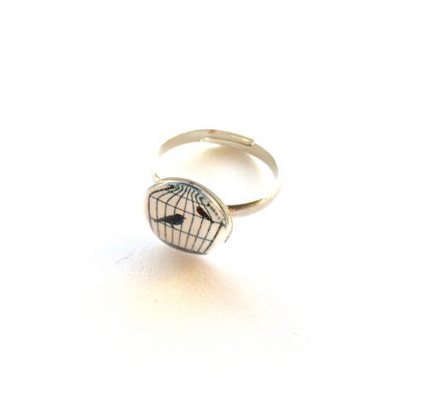 hvit-fugl-bur-ring-justerbar-onesize