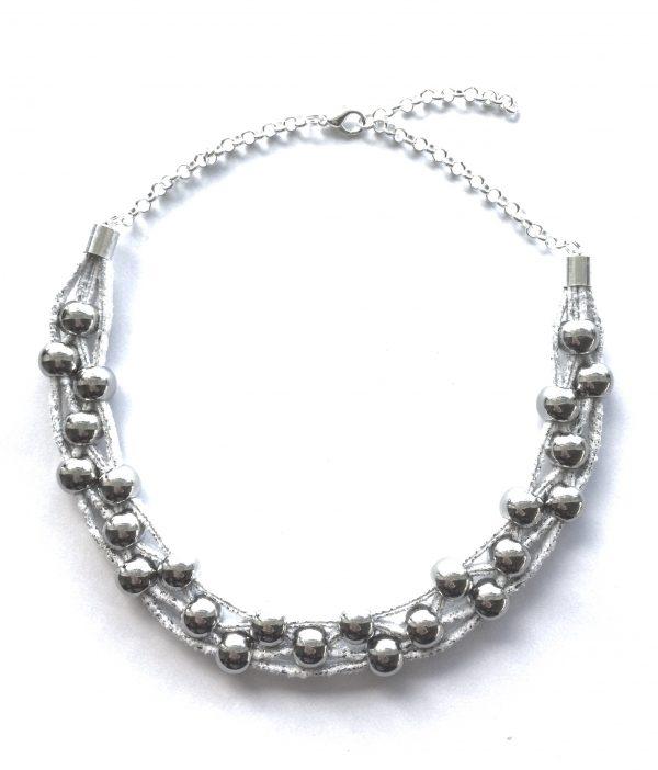 grå-tøff-smykke