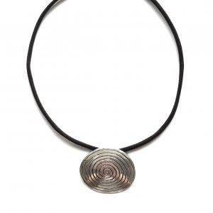 tøff-spiral-sort-smykke