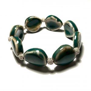 grønn-keramikk-elastisk-armbånd