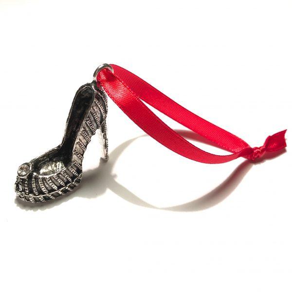 sølv-sko-rød-juletrepynt-julepynt