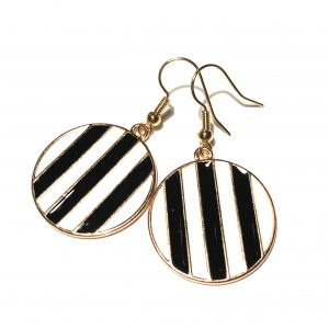 hvit-sort-stripe-geometrisk-gull-øreanheng-ørepynt