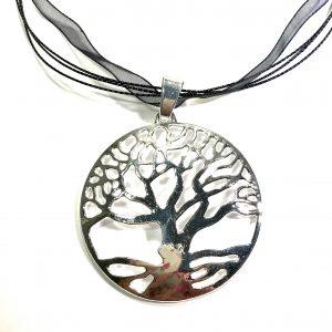 sølv-anheng-tre-sort-organza-smykke