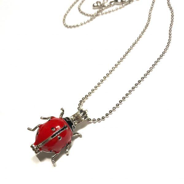rød-marihøne-insekt-smykke-halskjede