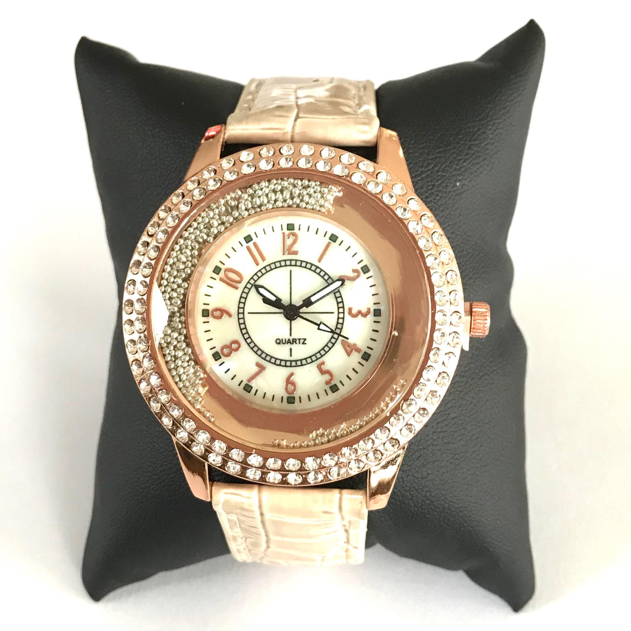 beige-rosegull-klokke