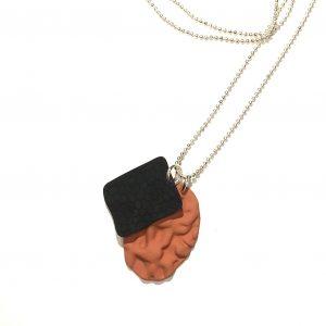 tøff-brun-sort-smykke-halskjede