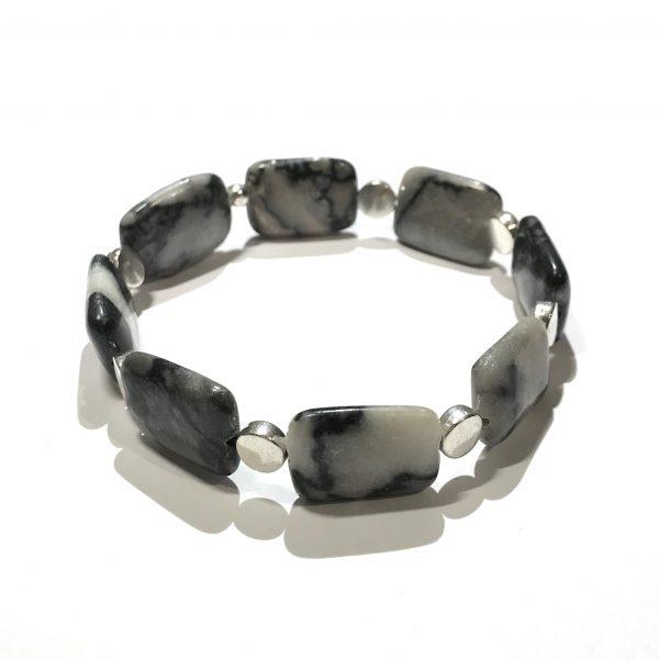 grå-zebra-jasper-elastisk-armbånd