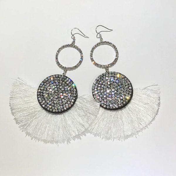 hvit-dusk-tassel-glitter-statement-lange-øreanheng-ørepynt