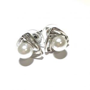 sølv-perle-triangel-øredobber-ørepynt