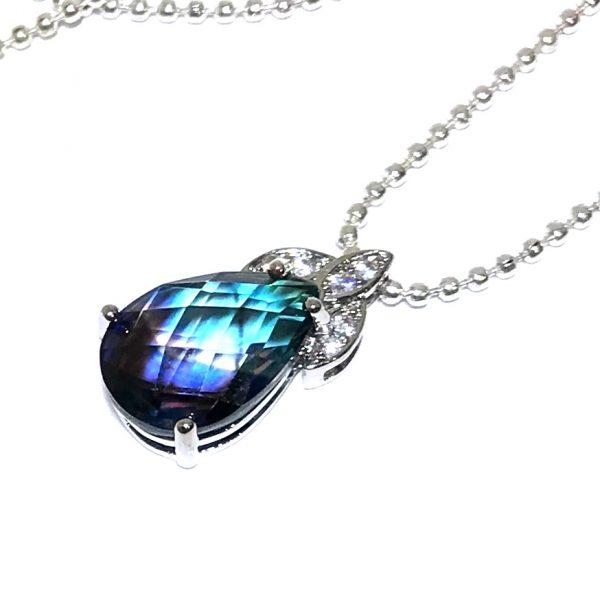 blå-lilla-elegant-smykke