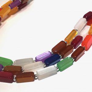 fargerik-smykke