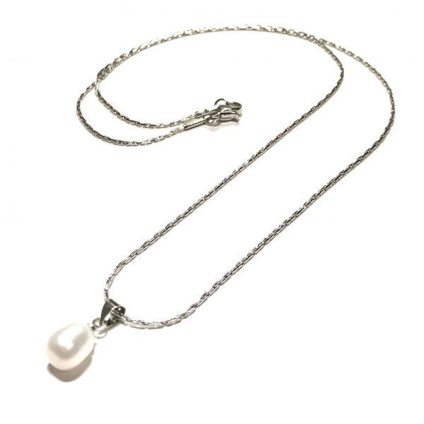 sølv-hvit-ferskvanns-perle-elegant-smykke