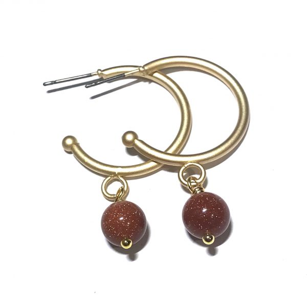 matt-gull-glitter-brun-øreringer-ørepynt