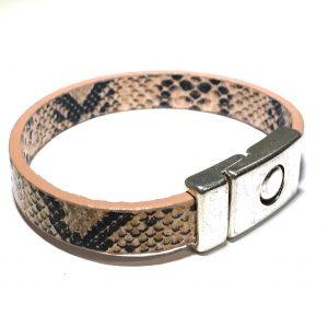 lær-slange-print-magnet-armbånd