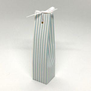 hvit-blå-turkis-stripet-gaveeske