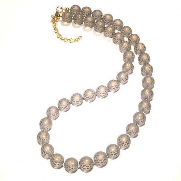 grå-glass-gull-perle-smykke-halskjede