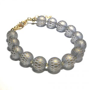 grå-gull-glass-armbånd
