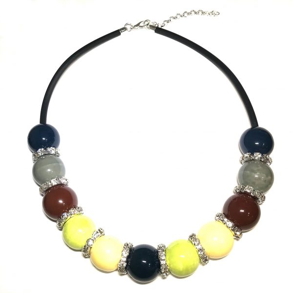 fargerik-keramikk-perle-smykke