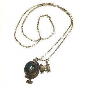globus-kikkert-verden-jordklode-reise-smykke-halskjede
