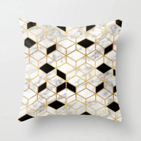 sort-hvit-gull-geometrisk-grafisk-pute-skandinavisk-minimalistisk-interiør