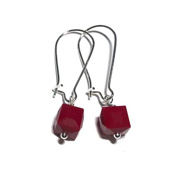 rød-glass-kube-øreanheng-ørepynt