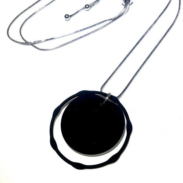 tøff-sort-stål-smykke-halskjede