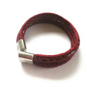 rød-print-lammeskinn-armbånd
