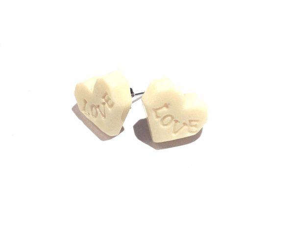 hvit-sjokolade-love-hjerte-øredobber