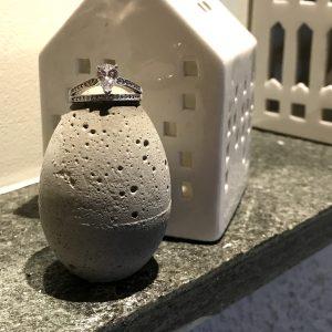 betong-egg-dekorasjon-interiør