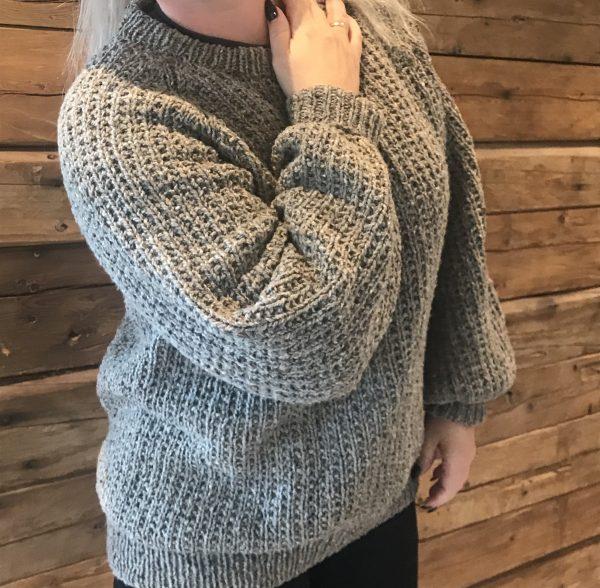 undis-brun-strikket-genser