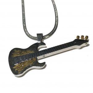 stål-gitar-instrument-musikk-smykke-halskjede-herre
