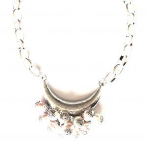 halskjede-smykke-perlesmykke-statementsmykke