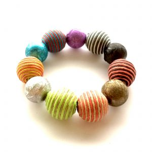 fargerikt-armbånd