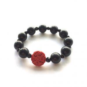 sort-rødt-armbånd