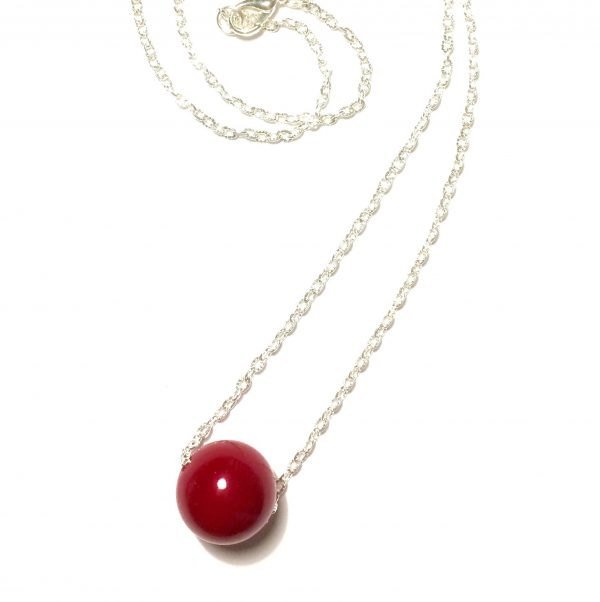 rødt-halskjede-smykke