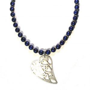 blått-halskjede-smykke-hjertesmykke