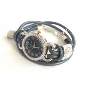 armbåndsur-klomme-lammeskinnsklokke