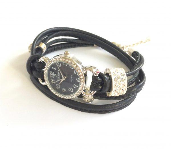 armbåndsur-klokke-lammeskinnsklokke