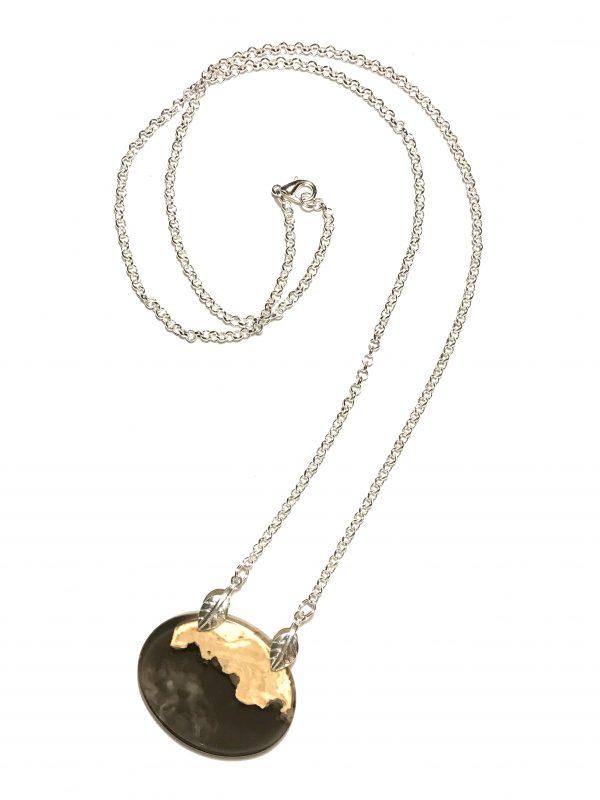 langt-sort-halskjede-smykke