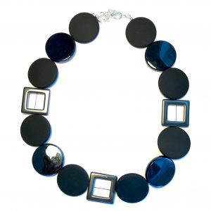 sort-blostein-smykke