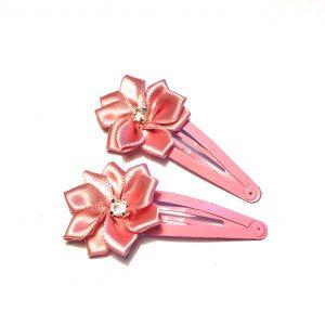rosa-hårpynt-hårspenne-hårsløyfe